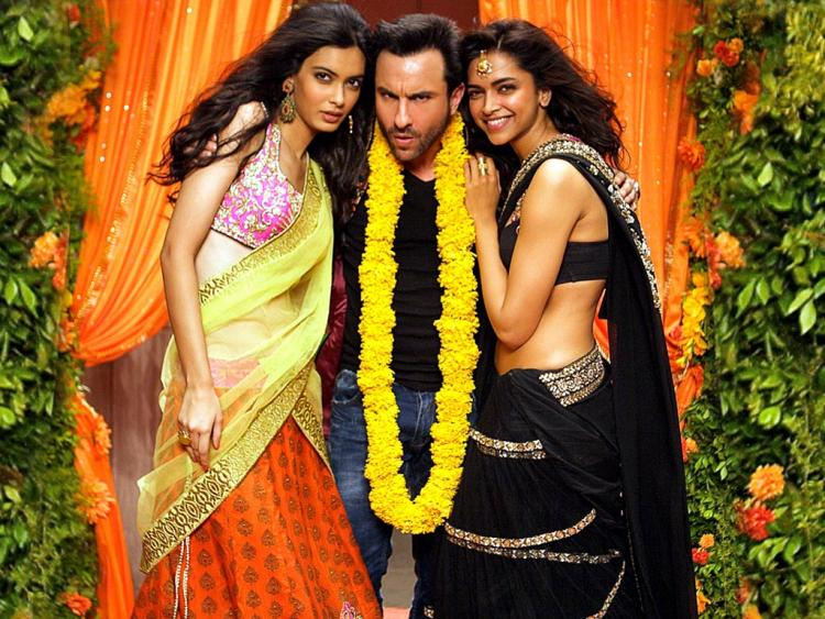 More Cocktail Movie Stills - Deepika Padukone,Saif Ali Khan ...