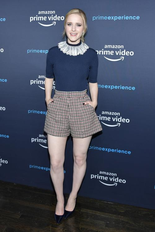 Rachel Brosnahan all set to feature in 'I'm Your Woman'
