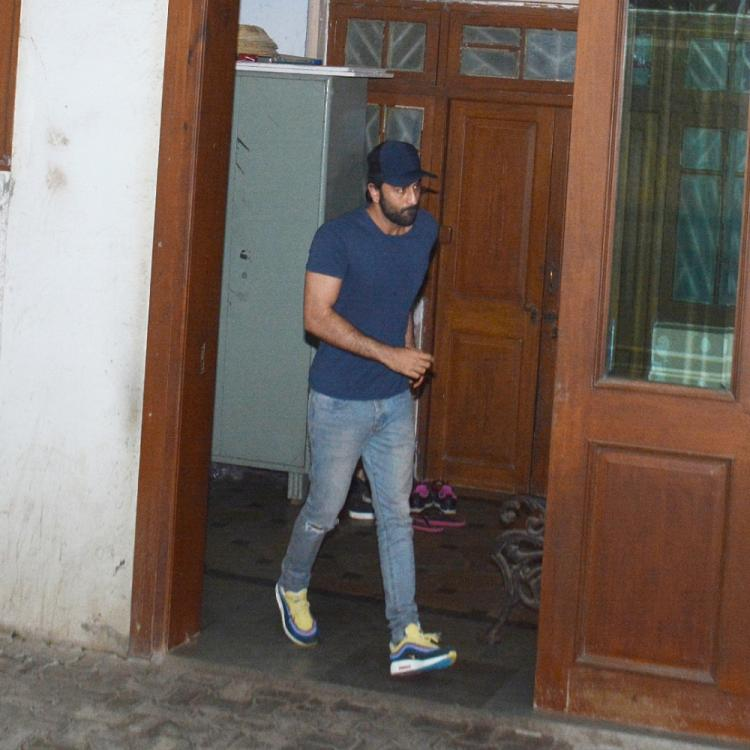 PHOTOS: Ranbir Kapoor waves back at his fans as he comes out of a dubbing studio