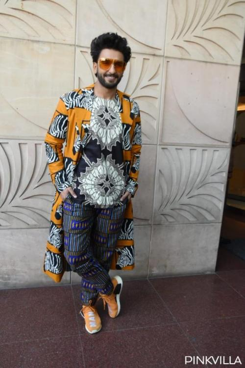 Ranveer Singh's fans chant Gully Boy song as the actor greets them while filming '83 in Dharamshala: WATCH