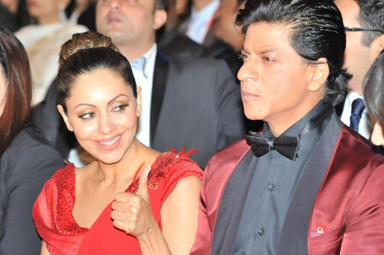 Photos,Shahrukh khan - srk - gauri khan