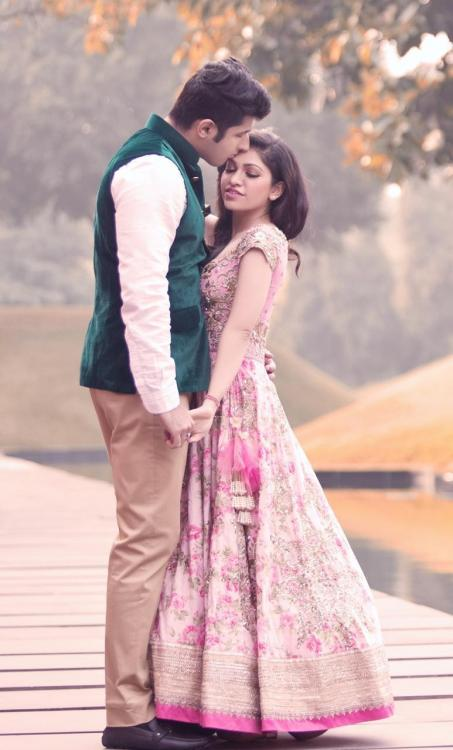 Tulsi Kumar and Hitesh Ralhan to celebrate their 4th wedding anniversary in a special way; read on