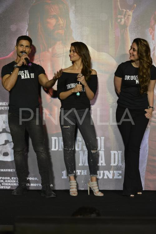 http://www.pinkvilla.com/files/styles/contentpreview/public/Udta-Punjab-Trailer-Launch%20%2843%29.jpg?itok=N8TEJ-pP