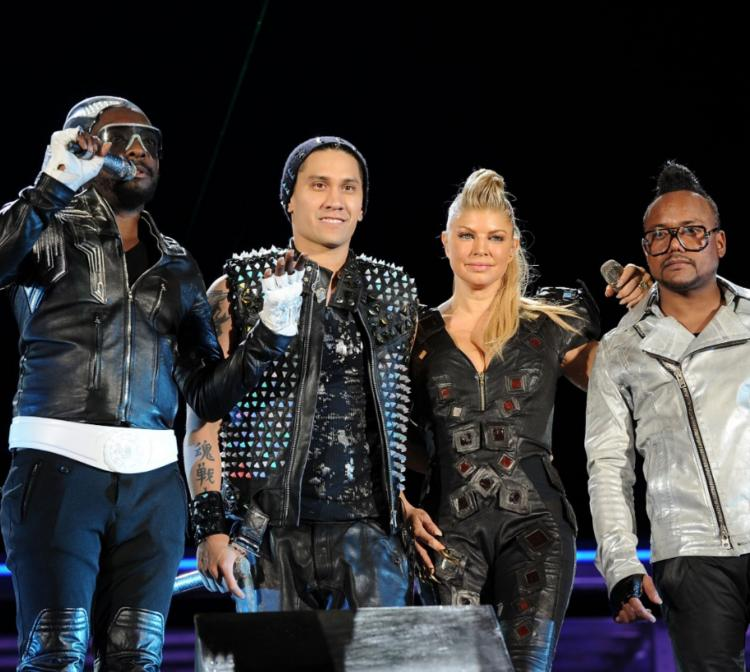 Black Eyed Peas revealed the reason of Fergie's absence from the band after 2 years of her leaving