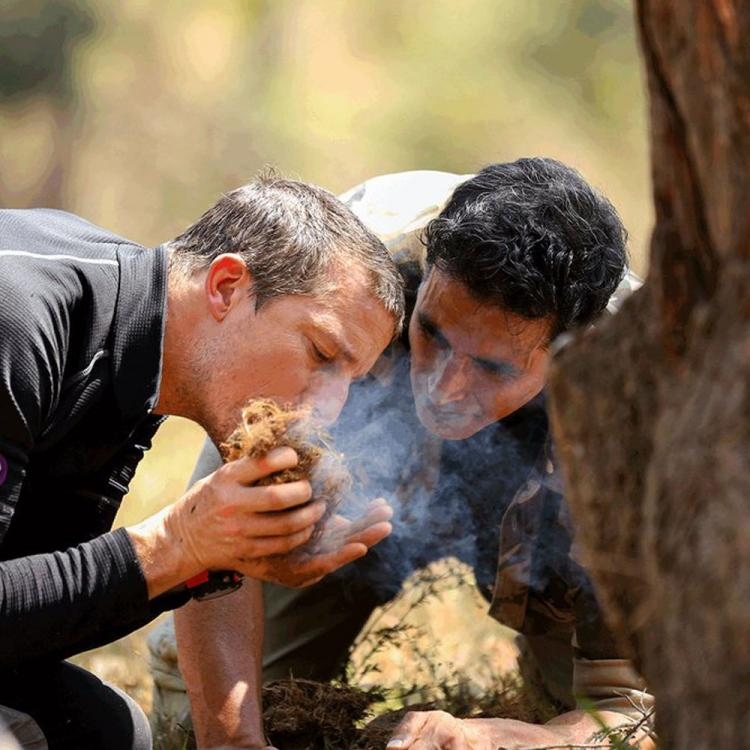 Akshay Kumar gives perfect answer to 'Rasode Mein Kaun Tha' with new still from Into The Wild With Bear Grylls