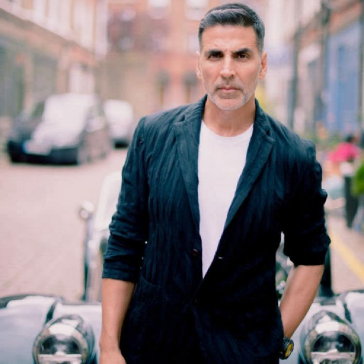 Akshay Kumar offers financial aid to Mumbai's iconic theatres Gaiety, Galaxy if COVID 19 lockdown persists
