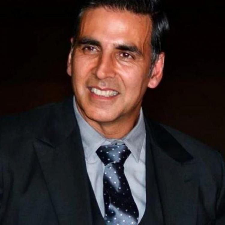 Akshay Kumar provides 1000 wrist bands to help Mumbai Police for detecting COVID 19 symptoms