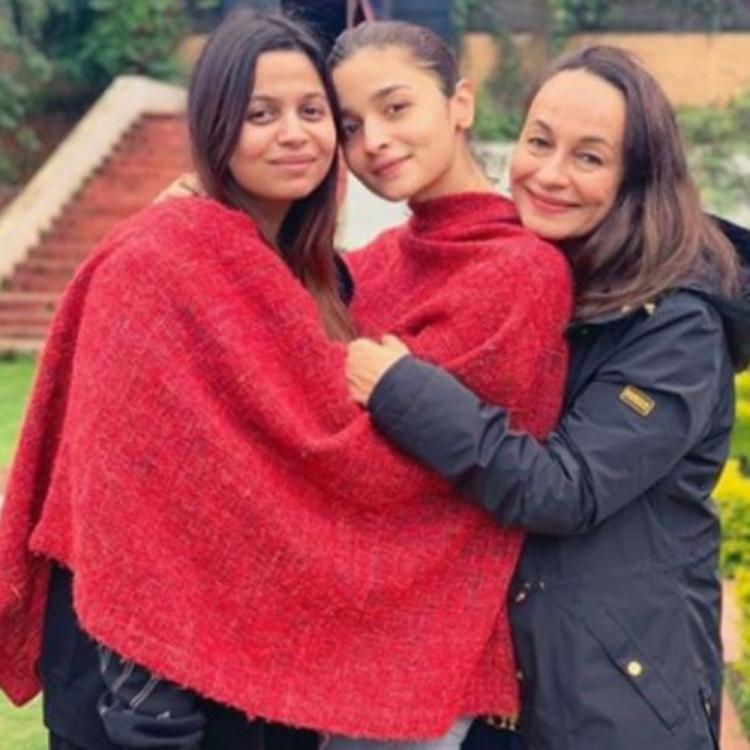 Alia Bhatt & Shaheen Bhatt's mom Soni Razdan feels 'Blessed to have two lovely friends'; Check out the post