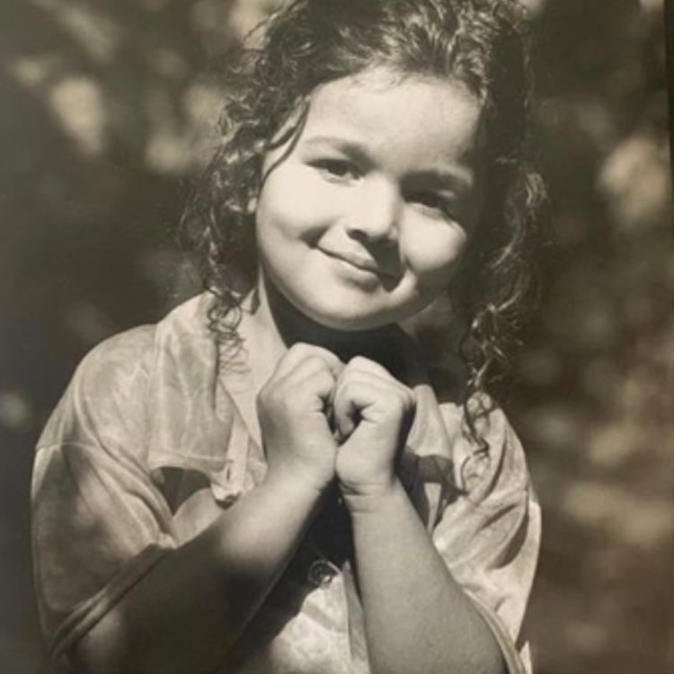Alia Bhatt looks cute as a button in a childhood PHOTO & Gully Boy co star Ranveer Singh is in awe of her