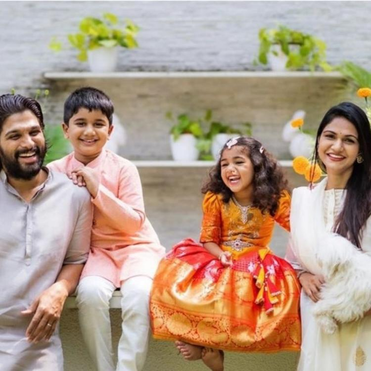 Allu Arjun shares a beautiful photo with his family members as he sends Dussehra wishes to fans