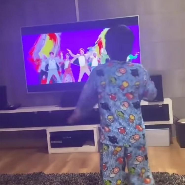 Allu Arjun's son Ayaan is a bigtime fan of BTS and this VIDEO of him dancing for Idol is a proof; Watch it