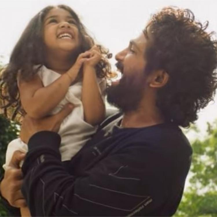 Allu Arjun recreates the classic song Anjali with his daughter Arha and it is too adorable to miss