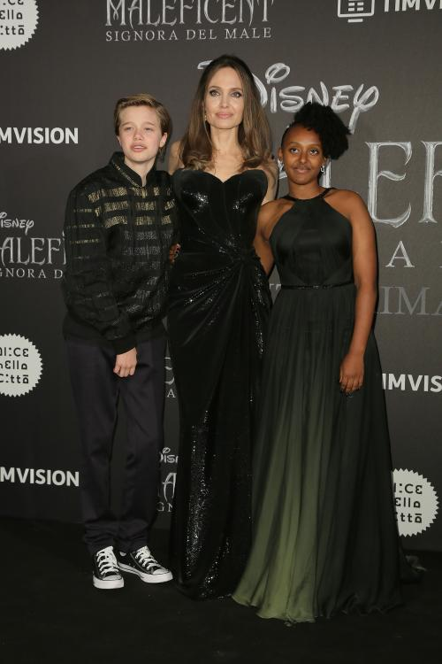 Angelina Jolie was recently spotted in LA holding daughter Shiloh Jolie-Pitt's crutches as she took her and Zahara Jolie-Pitt to the movies.