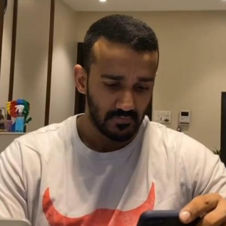 Anita Hassanandani sneakily records Rohit Reddy filming 'trending' videos; adorably calls it 'all natak'