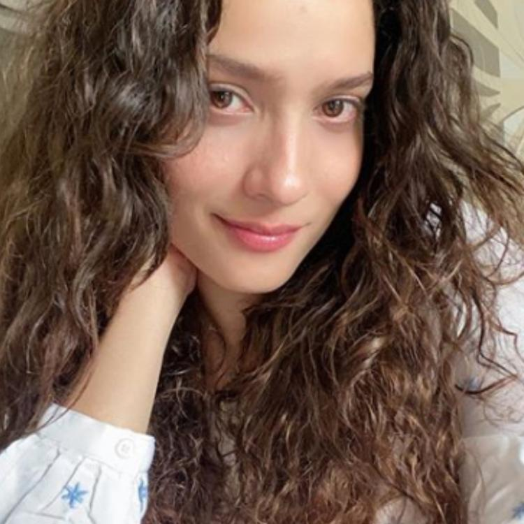 Ankita Lokhande shares first post after Sushant Singh Rajput's demise and lights a diya