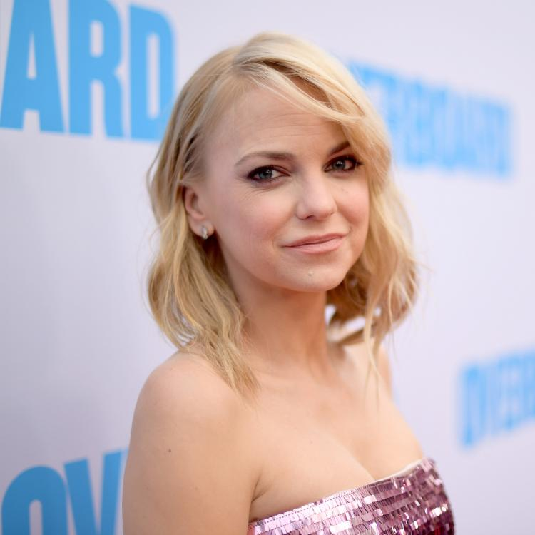 Anna Farris opens up about her son's premature birth