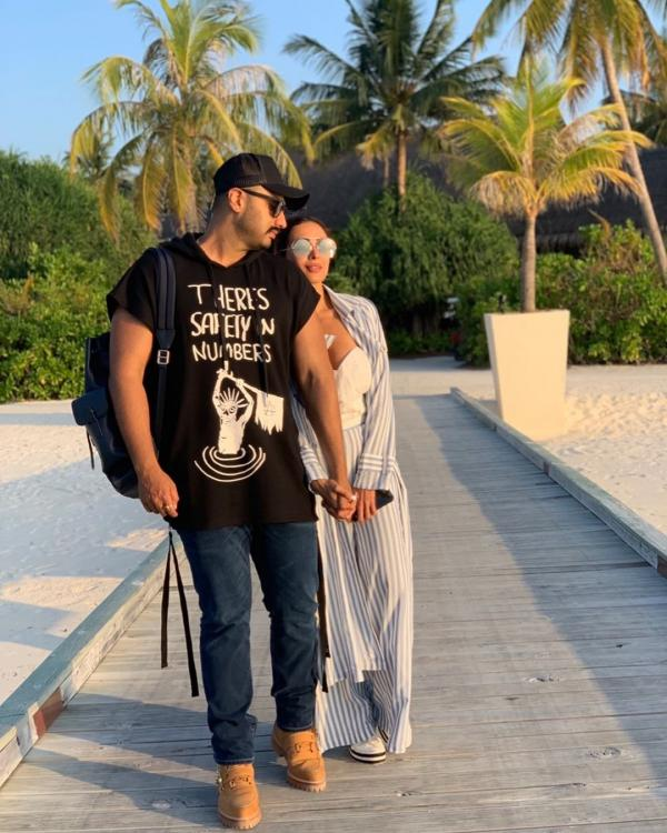 Arjun Kapoor and Malaika Arora's latest Instagram banter on each other's posts is unmissable; Check it out