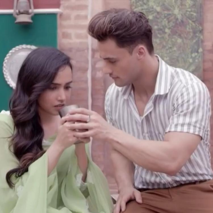 Asim Riaz & Barbie Maan's song Teri Gali tells an emotional tale of incomplete love set against the partition