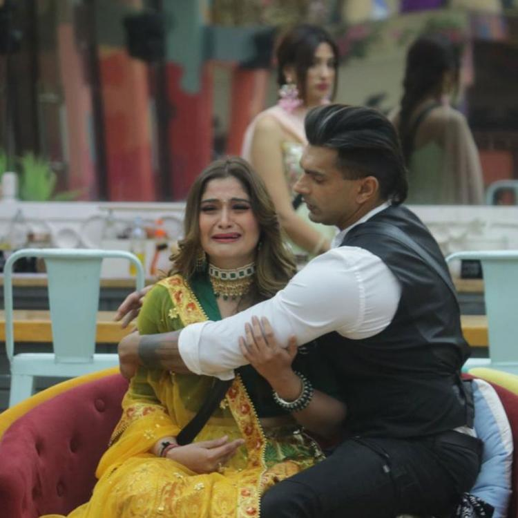 Bigg Boss 13: Karan Singh Grover lauds BFF Arti Singh's game on the show; Says 'She has just been herself'
