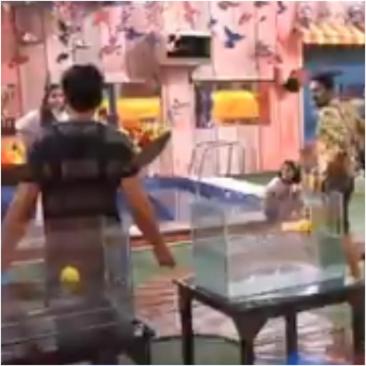 Bigg Boss Telugu 3: Housemates fight to win Battle of Medallion; Punarnavi emerges victorious in first round