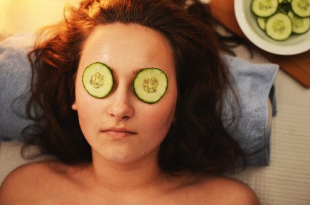 6 DIY eye masks that will get rid of your dark circles and work INSTANTLY