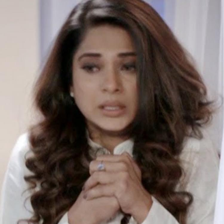 Beyhadh 2 Throwback: When Rudra lent a hand of support to a scared and teary eyed Maya; Watch video