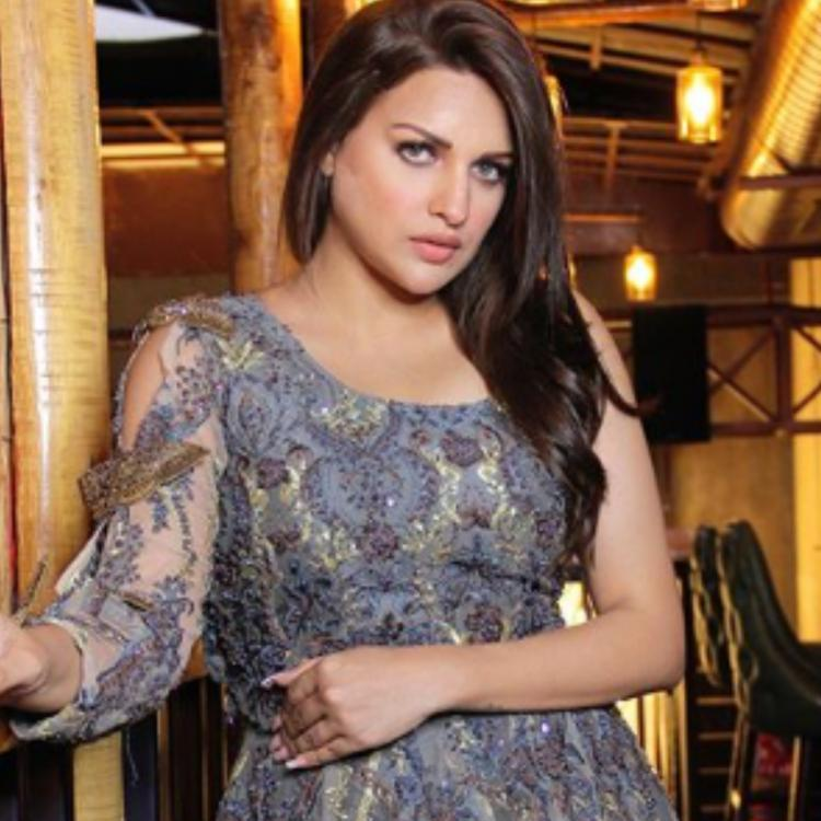 COVID-19 positive Himanshi Khurana rushed to the hospital