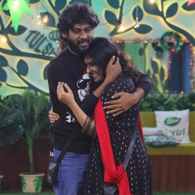 Bigg Boss Tamil 4 Updates: Rio Raj breaks down after seeing his wife for the 1st time in 3 months