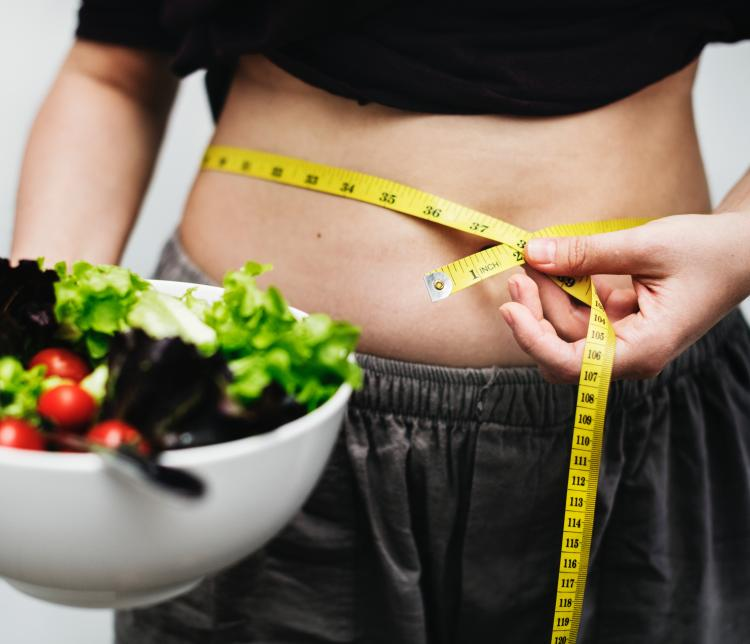 Weight Loss Tips: 5 ways to instantly look less bloated and lose those inches