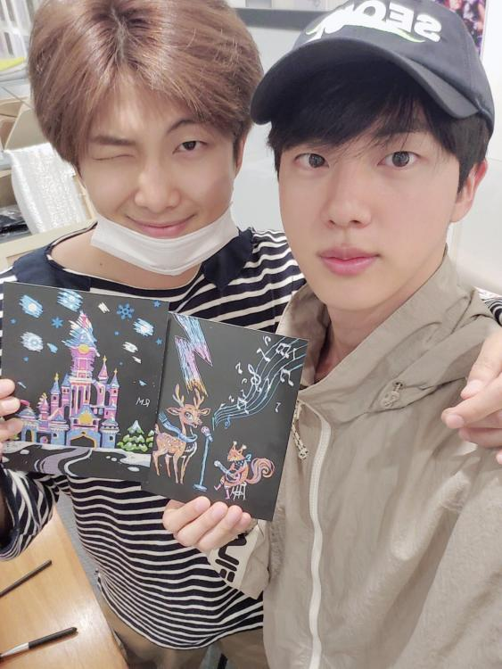 RM and Jin were the recent BTS members to be active with ARMY on Weverse.