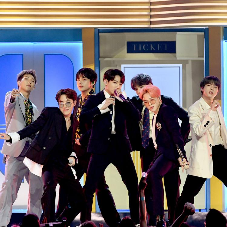 BTS performing Boy With Luv
