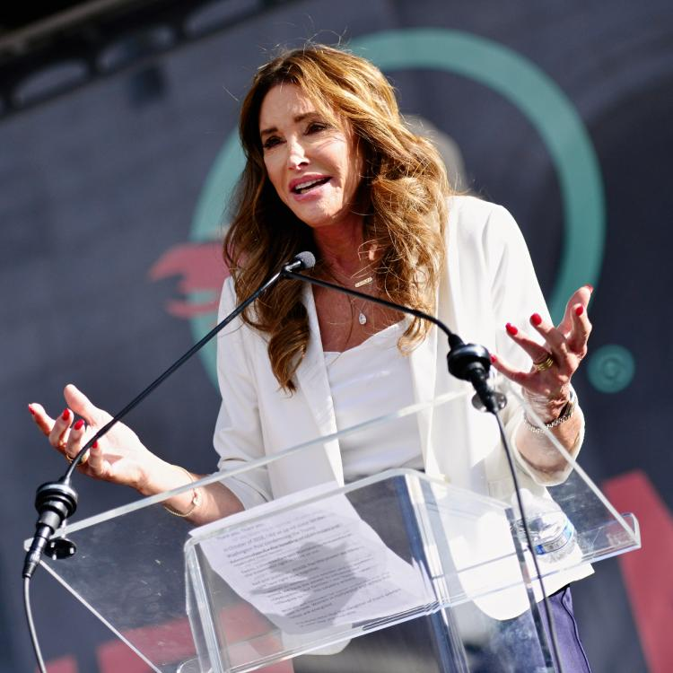 Caitlyn Jenner shares controversial statement on trans athletes