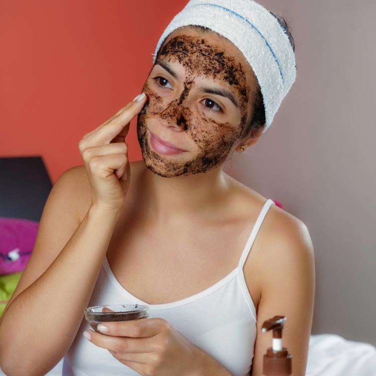 Coffee Queen: 3 ways to use coffee powder in your skincare routine to get glowing skin