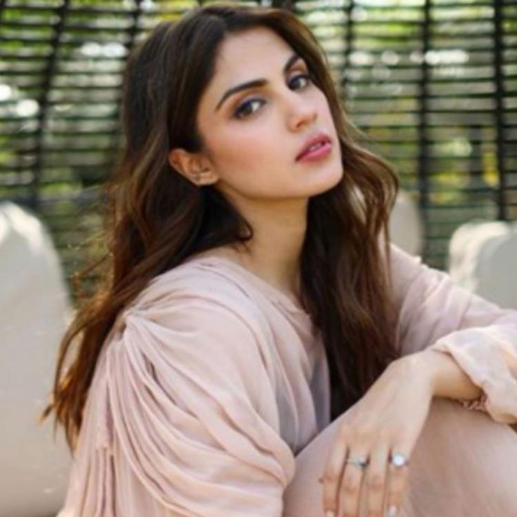 Congress holds protest rally in support of Rhea Chakraborty in West Bengal; Calls her 'daughter of Bengal'
