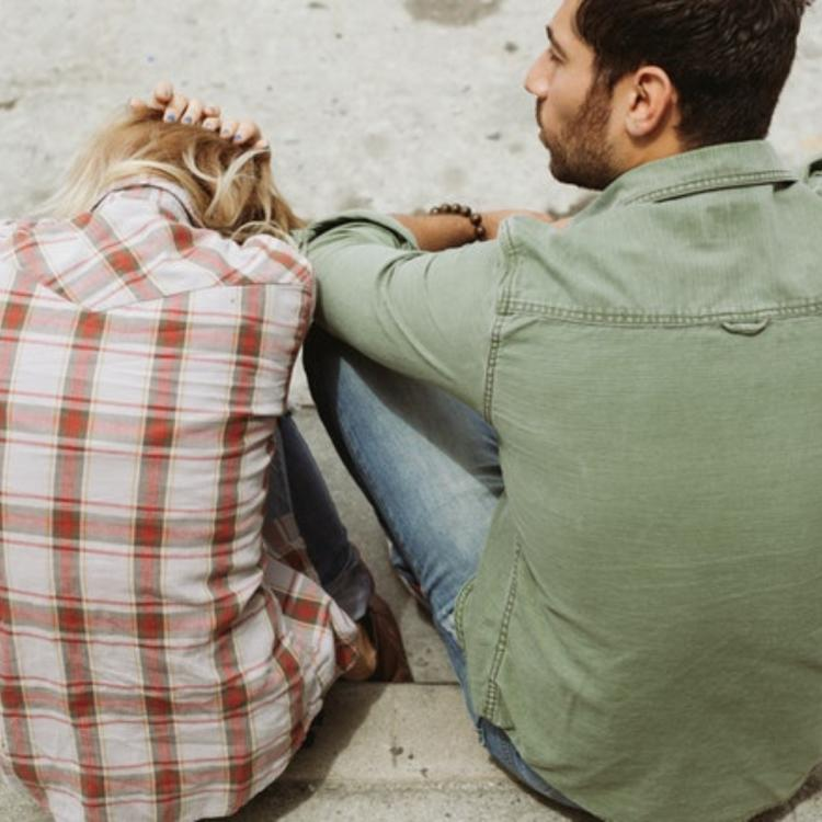 A Looking Glass on Modern Love: Expert approved ways on how to overcome common dating problems