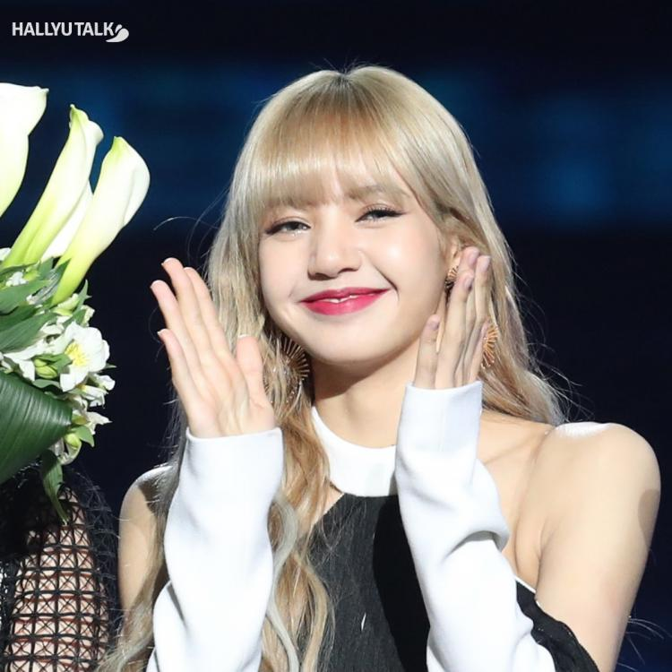 BLACKPINK Lisa's voice is a stress buster, says a fan in a letter in Dear Eonni