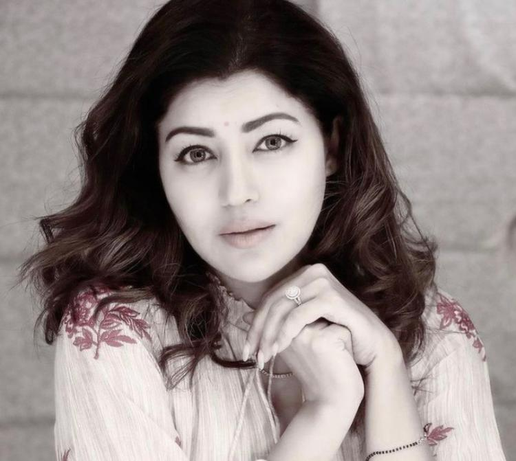 Debina Bonnerjee emphasizes on the need to save lives