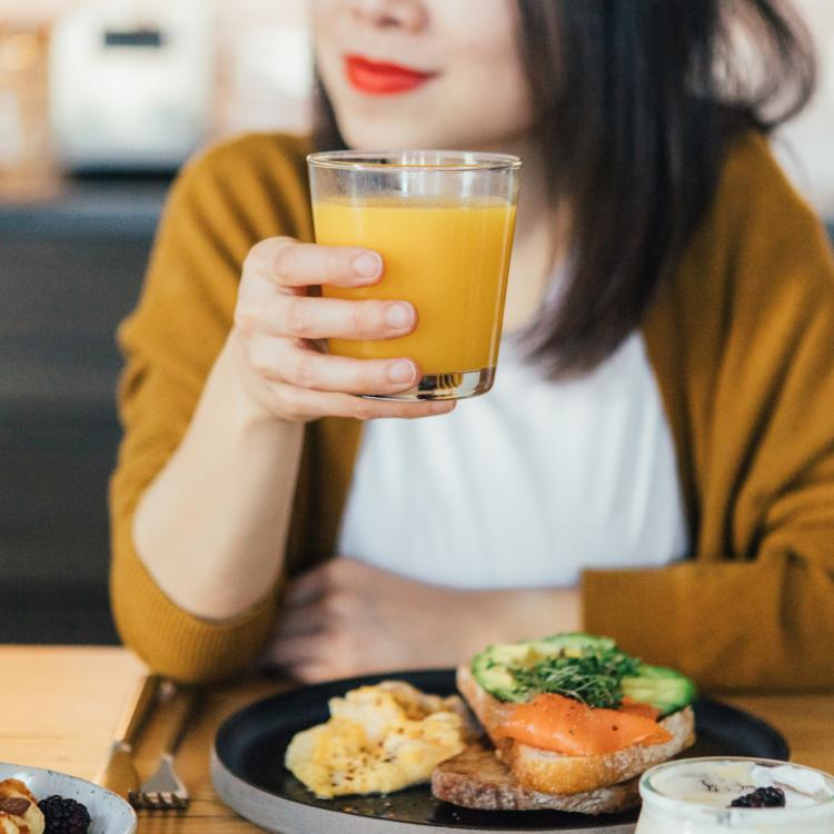 In your 40s? Here are 8 diet tips that will help women stay in shape explains nutritionist Pooja Banga