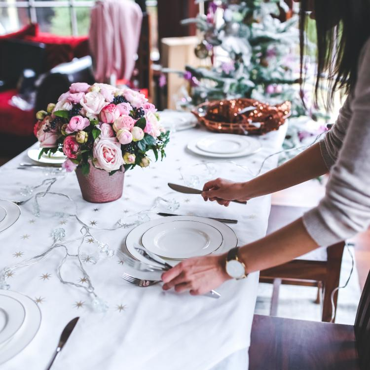 5 Ways to dine safely at your favourite restaurant