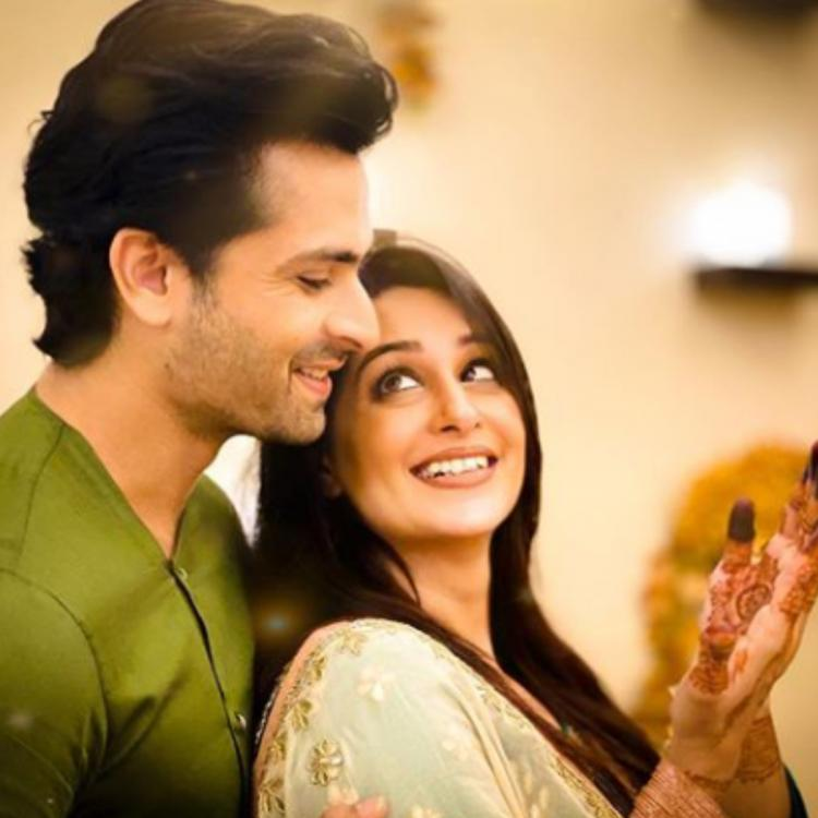 Dipika Kakar can't take eyes off Shoaib Ibrahim as they pose for an adorable picture on Eid