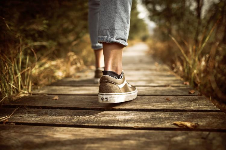 Here's why walking is the best exercise to lose weight
