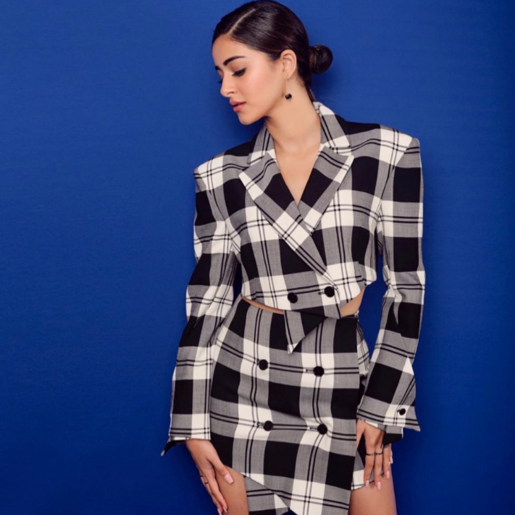 Fashion Spotlight: A Bollywood style guide on how to wear plaid!