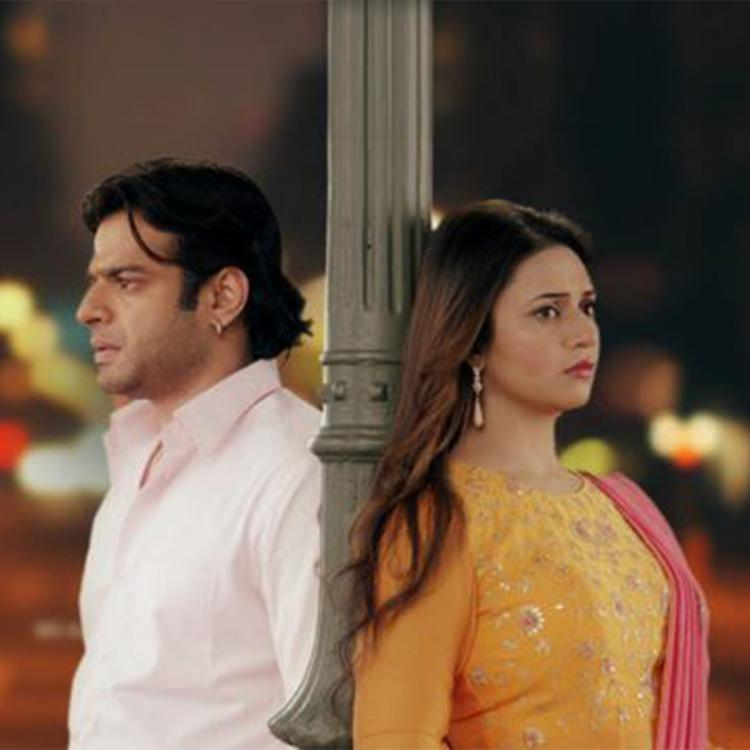 Yeh Hai Mohabbatein December 16, 2019 Written Update: Karan and Sudha have a car accident