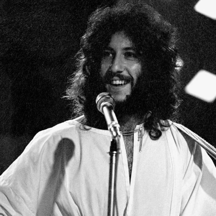 Fleetwood Mac co founder Peter Green passes away aged 73; Former band members mourn his demise