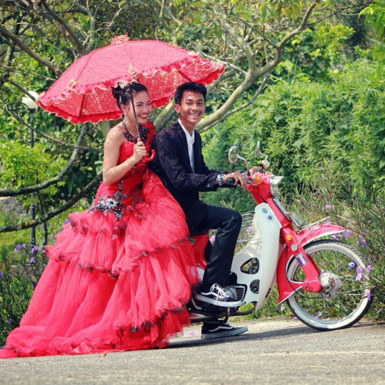 Wedding postponed due to Coronavirus pandemic? Follow these tips if you are planning a monsoon marriage