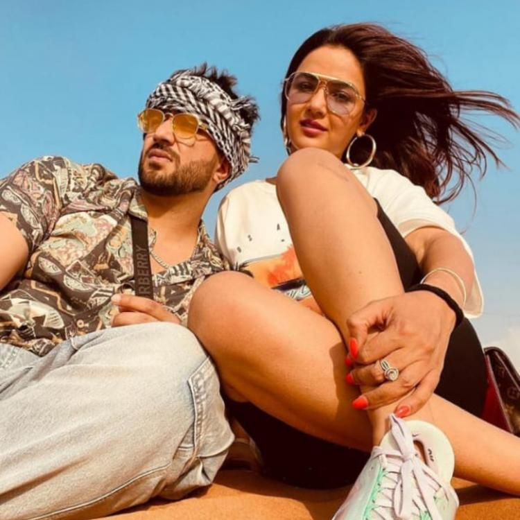 Jasmin Bhasin enjoys vacation in Dubai with BF Aly Goni as they spend time in the desert; See PICS