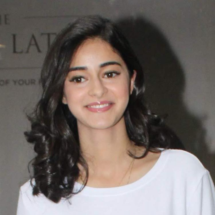 Ananya Panday takes a dig at herself when Rysa Panday pleads her to 'Stop singing'; WATCH