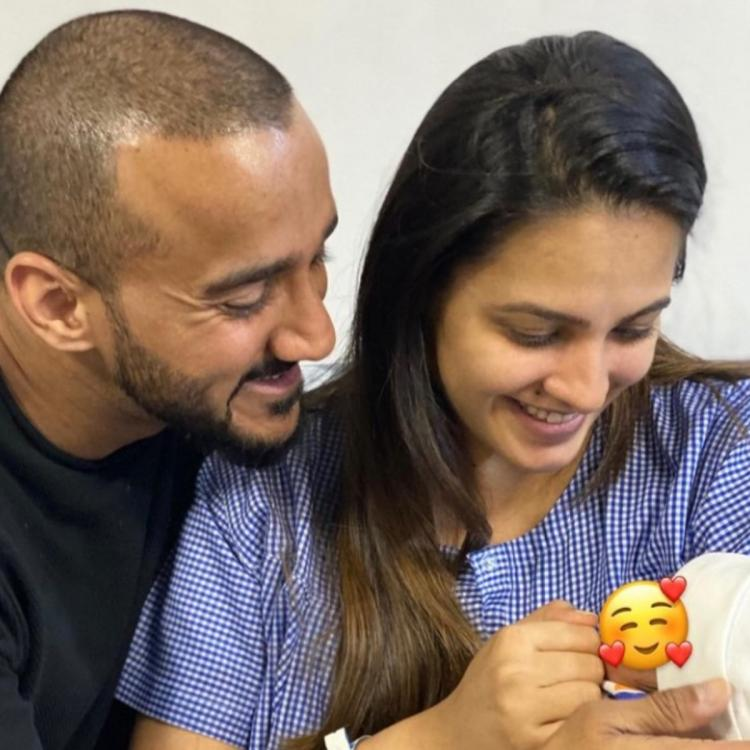 Anita Hassanandani tried to calm down her son Aaravv by singing gayatri mantra for him.
