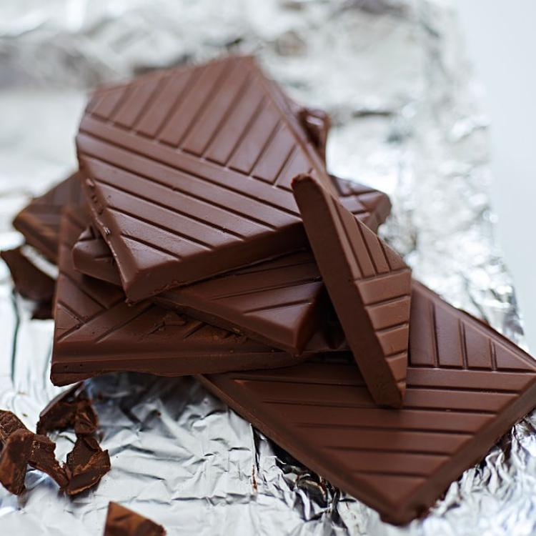 From Chips to Chocolate: 5 snacks and their correct portion size to stay away from extra calories