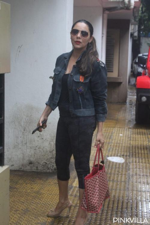 Gauri Khan looks cool in casuals as she gets snapped outside a clinic; see photos